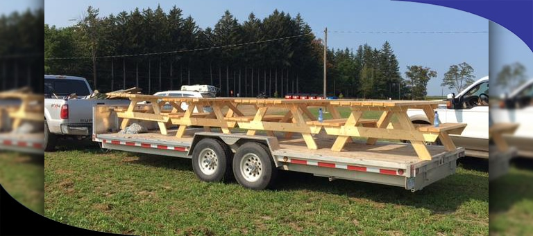 What to Consider When Buying a Deckover Trailer to Haul Equipment