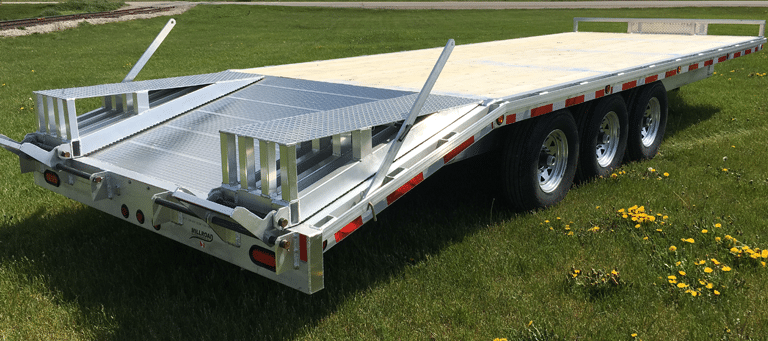 Haul Equipment Confidently With This Deckover Trailer