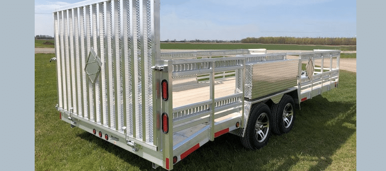 The Benefits of a Deckover Trailer
